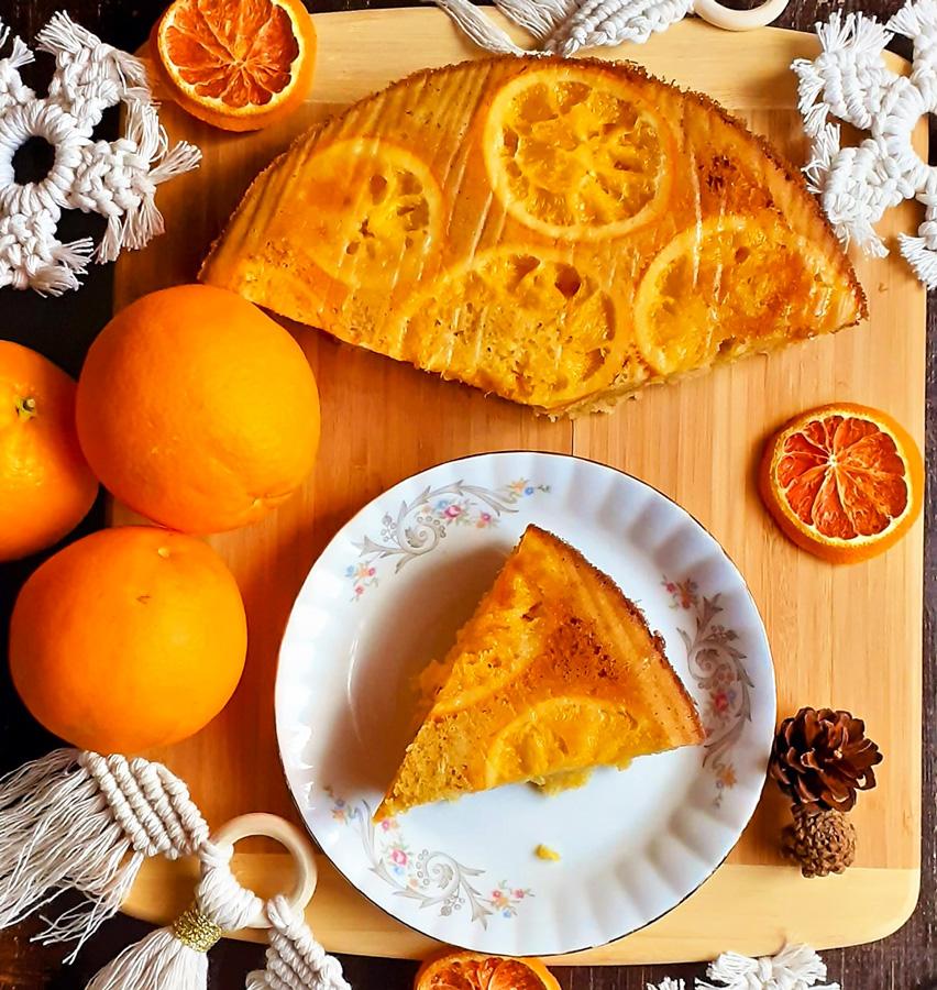 Słoneczne odwracane Ciasto Pomarańczowe